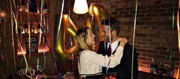 Ryan Reynolds festeggia 40 anni con la moglie Blake Lively