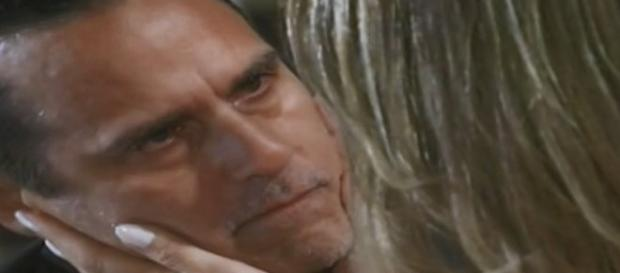 Sonny and Alexis get close (via YouTube 9 Saturns)
