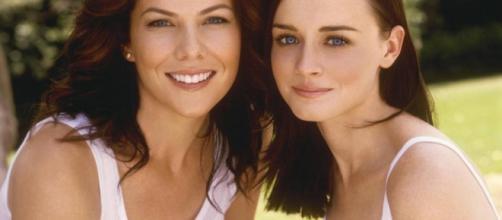 Gilmore Girls' Lauren Graham wishes on-screen daughter Alexis ... - metro.co.uk