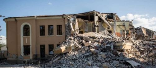 Gli edifici scolastici sono a rischio sicurezza.