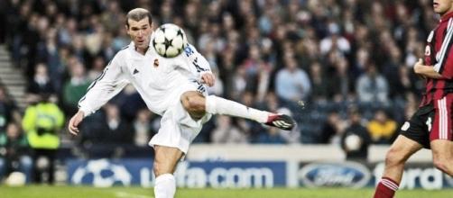 La inolvidable volea de Zidane en la final de la UCL - bbva.com