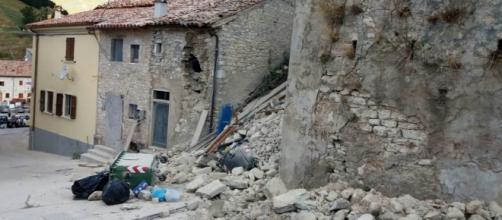 Terremoto, violenta scossa di magnitudo 6.5