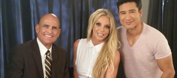 #BritneySpears: è in arrivo '#SlumberParty'! #BlastingNews