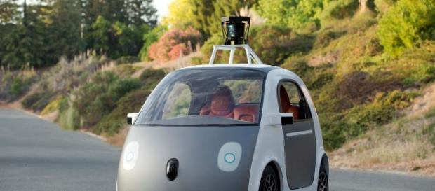 Google's driverless car blamed for first ever road crash 'caused ... - mirror.co.uk