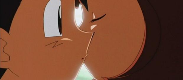Latias ha beso a Ash durante la quinta película de la franquicia.