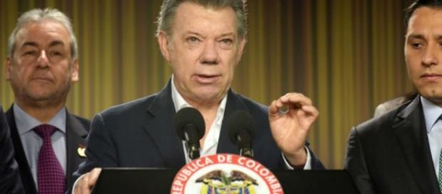 Presidente da Colômbia disse ter toda as capacidades, dentro do que preveem a Constituição e a lei colombianas, para tomar essa decisão.