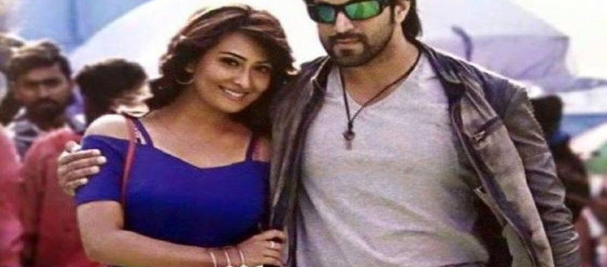Kannada movie 'Santhu Straight Forward' review: Yash & Radhika