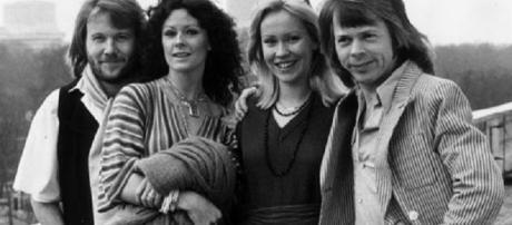ABBA 're-union' to embrace digital technology