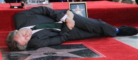 Inaugurer son étoile à Hollywood, pas bien sérieux pour Hugh ... - lci.fr