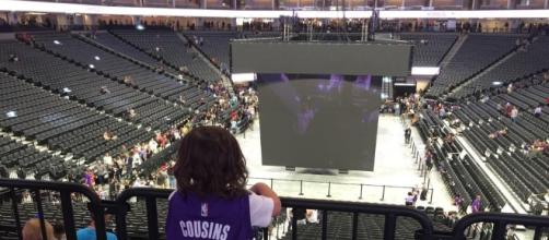 10K Kings fans get preview of Golden 1 Center - kcra.com