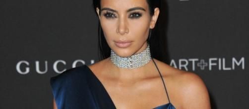 After The Robbery, Kim Kardashian Won't Post As Many Selfies - thefederalist.com