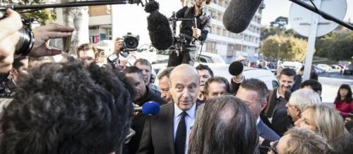 En visite à Marseille, Juppé marque son territoire avant de le ... - liberation.fr
