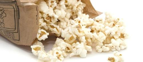 The Case Against Microwave Popcorn   SafeBee - safebee.com