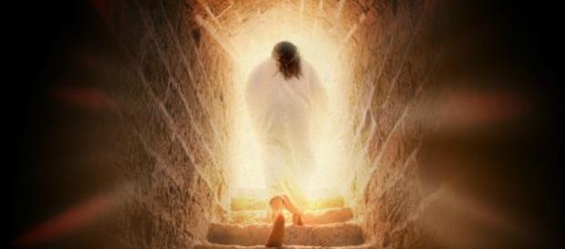 Immagine simbolico di Gesù Cristo che esce dalla propria tomba