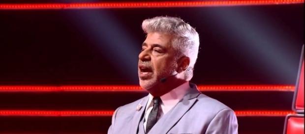 Lulu Santos se nega a abraçar candidata do The Voice Br