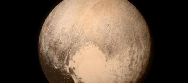 Plutão visto pela New Horizons. Crédito da foto: NASA/Johns Hopkins University/Southwest Research Center/Chandra X-Ray Center