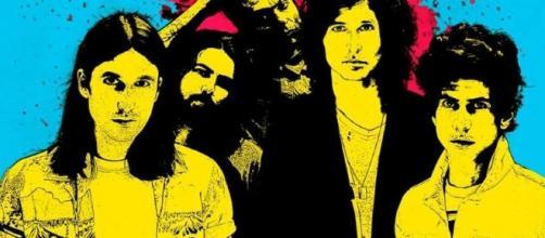 La banda de Nick Valensi comparte su primer sencillo 'Ways to Fake It' - sopitas.com
