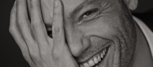 Tiziano Ferro, nuovo singolo dopo tre anni: Senza scappare mai più