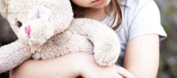 Roma: bidello in manette per aver molestato bambine - bresciatoday.it