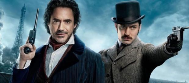 Sherlock Holmes (Robert Downey Jr.) et Watson (Jude Law)