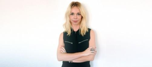 Celebrity Stylist Simone Harouche on Sharity - sharity.org