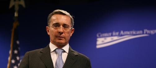 L'ex presidente della Colombia, Alvaro Uribe