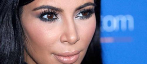 Spokeswoman: Kardashian West held up at gunpoint in Paris - SFGate - sfgate.com