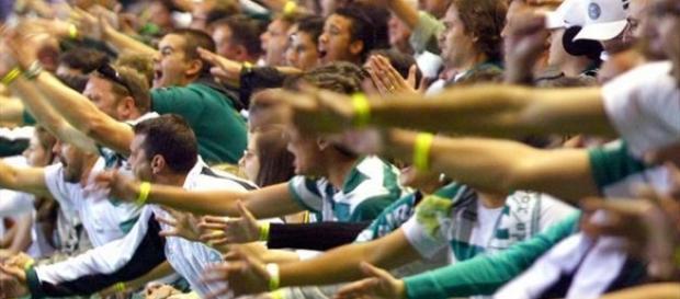 Coritiba x América-MG: assista ao jogo ao vivo
