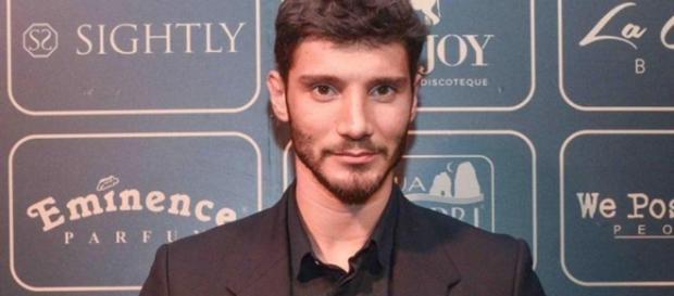 Gossip: compleanno da single per il chiacchierato Stefano De Martino.