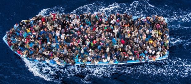 Migranti: circa 6mila profughi sbarcati in Sicilia - reporternuovo.it