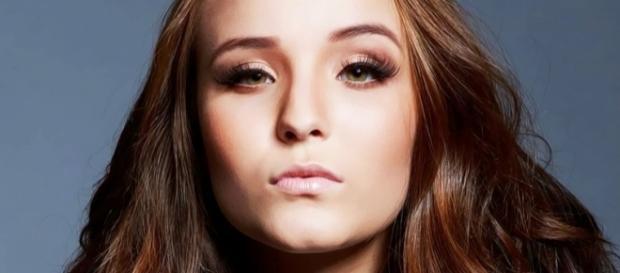 Larissa Manoela pode interpretar garota feia.
