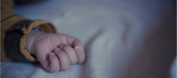 O bebê foi encontrado morto com drogas dentro do seu organismo