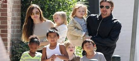 Juntos o casal de atores tem 6 filhos.