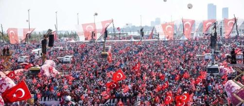 Erdogan veut rétablir la peine de mort en Turquie, Europe - lesechos.fr