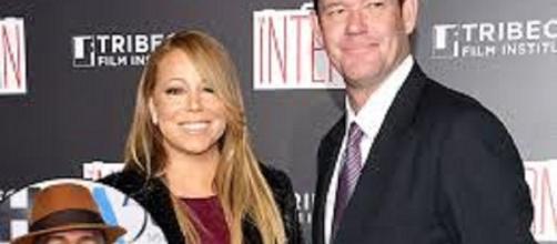 Mariah Carey and James Packer. Credit: ...-etonline.com