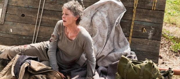 Carol in peril! Walking Dead S7 E2 'The Well' (via Blasting News image library - screenrant.com)