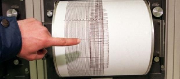 La scossa di terremoto si è registrata alle 7.41 di domenica.