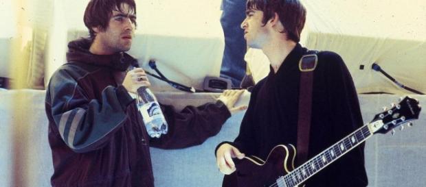 Los rumores indican que los hermanos Gallagher resolvieron sus problemas.