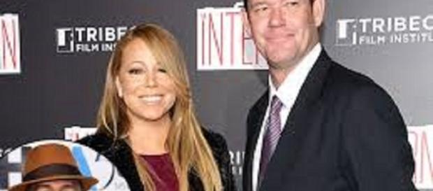 Mariah Carey and James Packer. Credit: ...-etonline.com