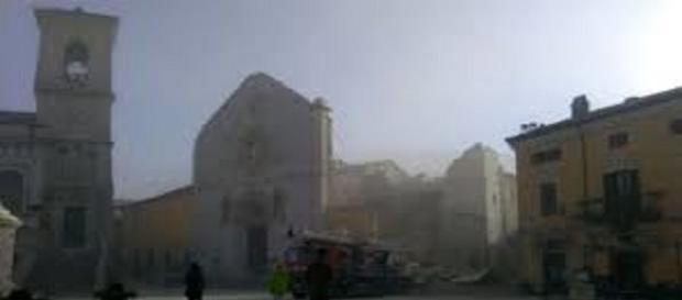 Terremoto Norcia:crolla la basilica