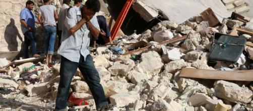 Expresso | Pelo menos 2766 civis mortos por ataques aéreos russos ... - sapo.pt