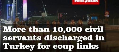 On ne sait plus trop combien de personnes sont privées d'emploi en Turquie à la suite du coup d'État raté mais les purges continuent