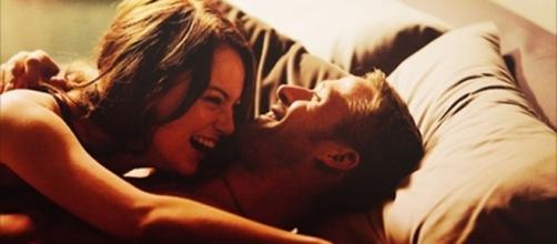 Ter uma maizade colorida, pode ser vantajoso quando não se está afim de um relacionamento sério