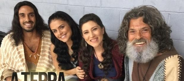 "Edu Porto como Abel nos bastidores de ""A Terra Prometida"""