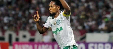 Palmeiras vence Santa Cruz fora de casa e abre vantagem no ... - com.br