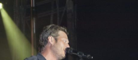 The Voice judge Blake Shelton to perform for cancer awareness benefit/ Photo:https://www.flickr.com/photos/ftmeade/6107982402 Flickr.com Flickr.com