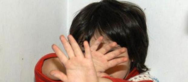 Abusi su bambini; ancora una storia di maltrattamenti