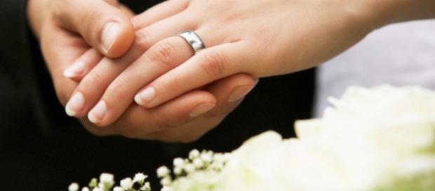 Mulher descobre que se casou com seu avô