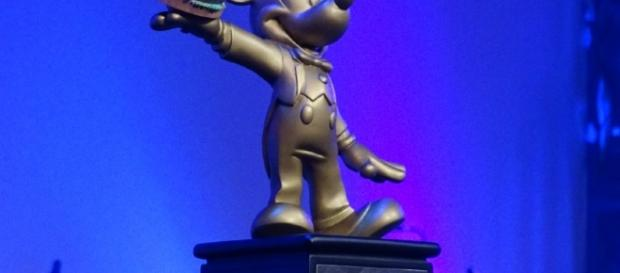 The top burger won this cute Mickey Mouse trophy. (Photo by Barb Nefer)
