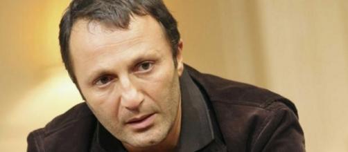 Arthur, victime d'un titre mensonger en une d'Ici Paris (Crédit photo: Prisma Presse)
